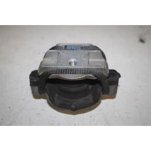 Rubbermetaalsteun links Audi A8, S8 Bj 03-10